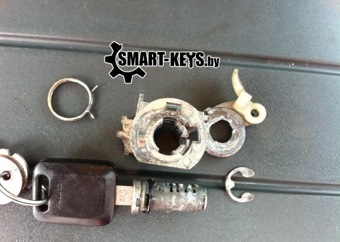 Вскрытие и ремонт замка двери автомобиля Ауди А6 1992 С4