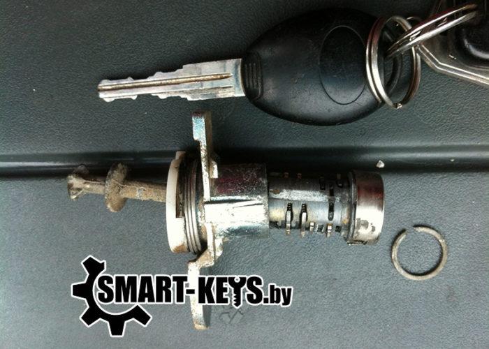 личинка замка и ключ